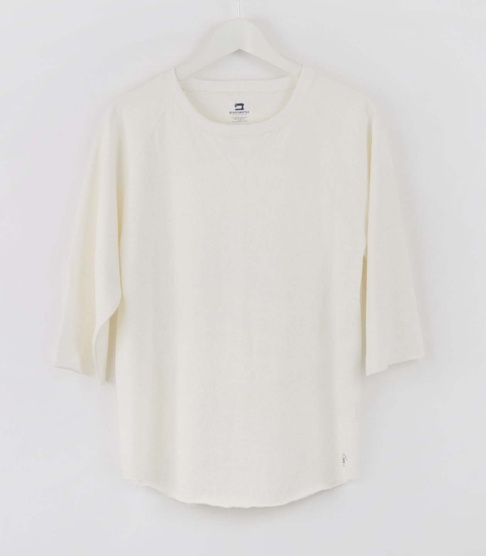 YE3-1100 White