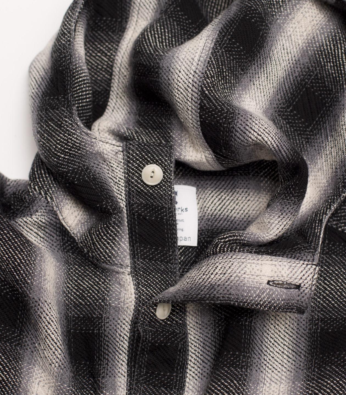 DY1-3005 Black